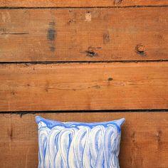 Artist series: Handprinted on organic cotton #interior #cushioncover #organiccotton #artistseries #everypieceisunique #print #painted #textile #textildesign #surfacedesign #ninaschmalenbach #konsthantverk #design #handmade #handmadewithlove