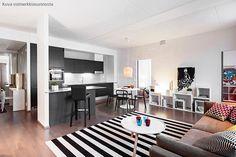 Avaraa tilaa Helsinki, Conference Room, Homes, Table, Furniture, Home Decor, Houses, Decoration Home, Room Decor