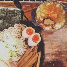อยากไปอกกกกกก #iphoneonly iphonegraphy #iphonesia #foodies #foodgasm #foodgram #foodporn #instafood #instagram #instavsco #ramen #noodle #japanese #gastronomy #gastronomia #tsukemen by pormeranianp