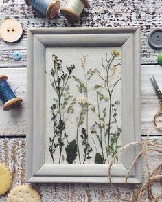 177 отметок «Нравится», 6 комментариев — декоратор Тина Хабарова🌿Москва (@tinahabarova) в Instagram: «Привезла любимой @zoya.sitnikova маленький кусочек лета - полевые цветочки и травки, которые мы с…»
