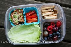 Chicken lettuce wraps packed for lunch | packed in @EasyLunchboxes containers