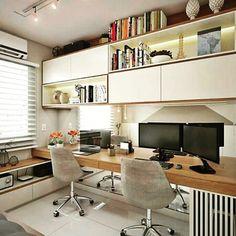 Com um escritório desses dá vontade até de trabalhar em casa né? * * * * #home#projetos#designdeinteriores#beuaty#decoração#ambientesprojetados#realizandosonhos#adornos#interioresbeauty#decor#arq#inspired#sublimeplanejados#projetosplanejados#inspiracao#lovedesign#arquitetura