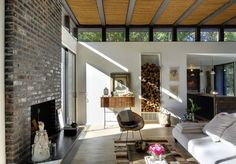 Robins Way House  A Weekend Retreat for an Interior Designer and a DJ by Bates Masi Architects