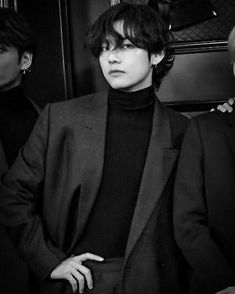 why do models even try when a whole kim taehyung exists BTS black and white bts b&w b&w edit b&w aesthetic bts icons black and white icons <br> Foto Bts, Bts Photo, Bts Black And White, Black And White Aesthetic, V Taehyung, Kim Namjoon, Seokjin, Bts Bangtan Boy, Jimin