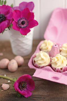 Möhren-Kokos-Cupcakes mit weißer Schokoladencreme von http://dreierlei-liebelei.blogspot.de