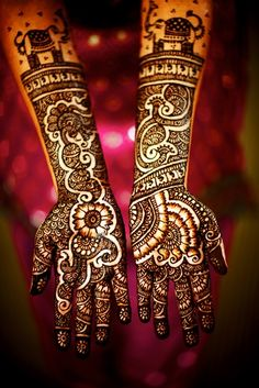 #henna #mendhi #wedding #indian #bride #bollywood @Sarah Therese Paisleys