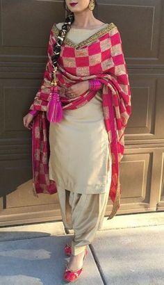 Wear Indian Punjabi Suits - Latest Fashion Of Punjabi Suits In India Punjabi Suits Designer Boutique, Indian Designer Suits, Indian Suits, Indian Dresses, Indian Wear, Boutique Suits, Punjabi Boutique, Indian Style, Salwar Designs
