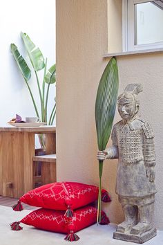#red #ethnic #cushions Visite déco : Décoration #Ethnique
