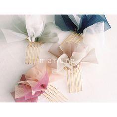 再販10回目♢人気!チュールが鮮やかなワンポイントヘアコーム♢ Diy Bow, Diy Ribbon, Ribbon Crafts, Ribbon Bows, Ribbons, Bead Embroidery Jewelry, Beaded Embroidery, J Craft, Hair Claw