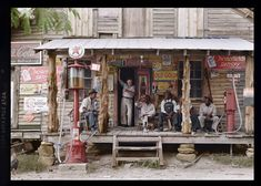 'Old Gold', Country store, 1939