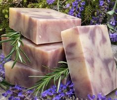 Lavender Rosemary Soap || Lavender-infused oils, organic lavender flowers, lavender essential oil and creamy coconut milk make a spectacular natural soap with a silky lather!