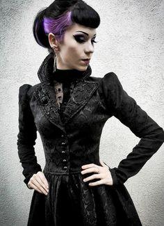 Villena Viscaria Clothing