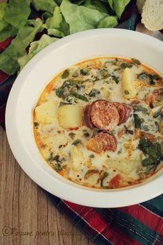 Dupa sarbatorile de iarna eu zic sa ne revenim si sa servim o supa delicioasa si foarte cunoscuta. Nu este tocmai o supa usoara si nici potrivita pentru cei aflati la dieta, dar e numai buna pentru a învinge frigul 🙂 Eu am facut-o de cateva ori si mi-a placut extrem de mult, doar stiti... Toscana Recipe, Soup Recipes, Cooking Recipes, Turkey Soup, Romanian Food, Lebanese Recipes, Hungarian Recipes, Fabulous Foods, Soul Food