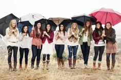 How perfect would a rainy day Vancouver photo like this be with all my sisters in their Hunters <3