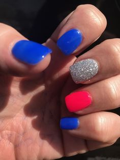 patriotic nails — The Gel Polish Manicure Ideas are so perfect for short nails Hope they can… Summer Gel Nails, Short Gel Nails, Manicure For Short Nails, Blue Nails, My Nails, Red Shellac Nails, Shellac Nail Designs, Gel Polish Manicure, Nails 2018
