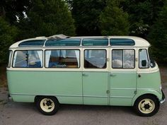 1958 Mercedes-Benz 319 Microbus. So want this!