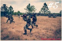 India, Pakistan troops clash on LoC Indian Government, Government Jobs, Border Security Force, Job Security, Indian Army Wallpapers, Clash On, Pakistan Army, Defence Force, High Resolution Wallpapers
