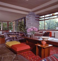 You already know Fallingwater the famous Frank Lloyd Wright-designed home located in located in the Allegheny Mountains in Southwestern Pennsylvania. But, now you can replicate the famous color palette of the historic home in your very own home, thanks to PPG Pittsburgh Paint's Voice of Color program. The program is based on the premise that every color has an emotional association and that individuals are drawn to different colors for reasons inherently tied to their unique personalities.