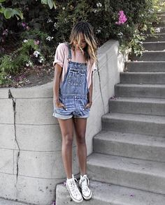 11 cool denim overall spring outfit ideas for college Date Outfits, Spring Outfits, Casual Outfits, Fashion Outfits, School Outfits, College Student Style, Denim Overalls, College Fashion, Fashion Essentials