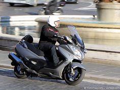 #Suzuki 650 #Burgman : le #scooter GT protéiforme. Dès 2001, Suzuki lançait le premier scooter GT de grosse cylindrée. Peaufiné au fil des années, il n'a jamais trouvé de vrai concurrent direct sur son chemin. Avec ce profond lifting, le Burgman conserve les atouts qui ont fait son succès, tout en améliorant son look et sa finition pour séduire les utilisateurs pressés. Lire l'article http://www.motomag.com/Suzuki-650-Burgman-le-scooter-GT-proteiforme.html #Moto Magazine #MotoMag #Moto Mag