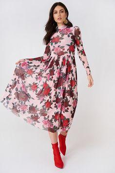 e399b3aa589 Siateczkowa sukienka midi z długim rękawem w 2019