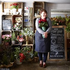 Where hedgerow meets home: Lincolnshire-based florist  Miss Pickering (01780 482961, misspickering.com) I ❤️miss Pickering.