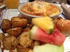 See 90 photos from 869 visitors about breakfast food, lattes, and good service. The food is good, the playlist is good, the staff is. Breakfast Recipes, Good Food, Ethnic Recipes, Eat Right, Yummy Food
