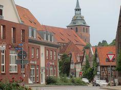 anderswohin.de: Lüneburg: Wo die Stadt langsam im Boden versinkt