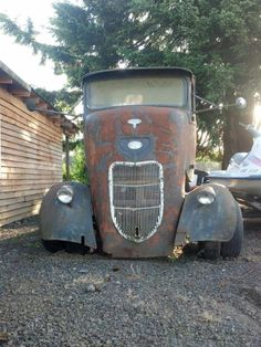 Bit the dust, but just imagine! Old Classic Cars, Classic Trucks, Rust In Peace, Lowered Trucks, Cab Over, Rusty Cars, Abandoned Cars, Toy Trucks, Barn Finds