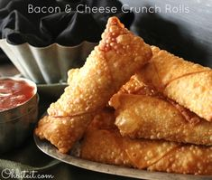 Oh Bite It - http://www.ohbiteit.com/2013/03/bacon-cheese-crunch-rolls.html