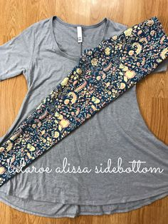 floral lularoe leggings paired with perfect t