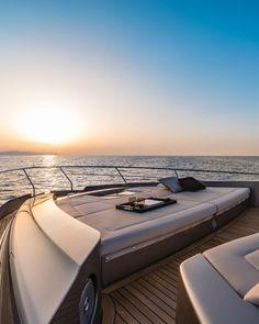 Big Yachts, Luxury Yachts, Pershing Yachts, Yatch Boat, Yacht World, Travel Aesthetic, Summer Aesthetic, Luxury Lifestyle Women, Yacht Interior