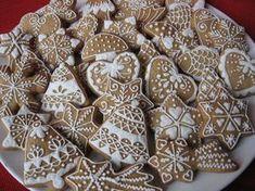 Nyomj egy lájkot,ha Te is szereted Honey Cookies, Tea Cookies, Fall Cookies, Yummy Cookies, Holiday Cookies, Christmas Tree Cookies, Christmas Gingerbread, Christmas Desserts, Christmas Baking