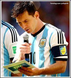 O Fotolog é uma rede social de compartilhamento de fotos para fazer amigos e viver suas paixões. Messi 10, Lionel Messi, Argentina Football Team, Fifa 17, Fc B, Best Player, Best Web, Football Soccer, Life Is Good