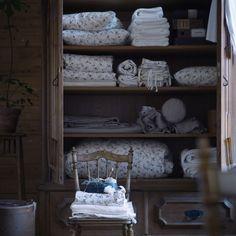 <span>Blommönster till sovrummet. Ljusöga påslakanset för dubbelsäng, 249 kronor. <br></span>