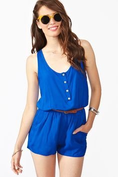 Rompers for Summer! Absolutely love this blue and those vintage shades! Plus with that ultra cute skinny leather belt, what's not to love about this outfit?