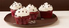 Creamy Red Velvet Cupcakes #DuncanHines