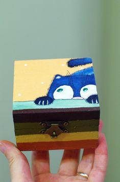 Blue cat wood box - Funny cat wooden square box - Vitamin / Pill Box - Funny Christmas gift for kids - Birthday gift box - Stocking stuffers  #wood #box #christmasgifts #stockingstuffers #cat #kitty #kitten #artwork #gift #bluecat #kids #children