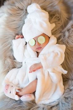 Photography props kids newborn photo shoots 53 Ideas for 2019 Newborn Photography Props, Newborn Baby Photography, Baby Bump Pictures, Baby Girl Photos, Monthly Baby Photos, Cute Baby Wallpaper, Foto Baby, Baby Poses, Baby Smiles