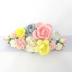 Grey, pink and yellow  Wedding sash brooch with flowers belt bridal bridesmaid on Etsy, 255,25kr