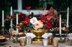 photography: Shannon Elizabeth Photography  // florals: St. Thomas Floral Design, greenweddingshoes.com