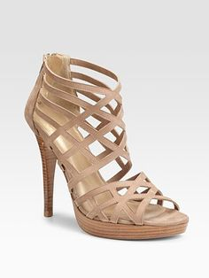 quite possibly the most popular shoe in my closet. ~ shoe by Stuart Weitzman