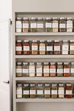 spice rack organization ideas A pro shares kitchen organization tips that'll help anyone shape up their space—even if storage is at a minimum. Spice Rack Organization, Kitchen Organization Pantry, Home Organisation, Diy Kitchen Storage, Home Decor Kitchen, Home Kitchens, Organized Kitchen, Organizing Solutions, Kitchen Tips