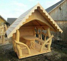 Unusual gazebo made from curved logs. Woodworking Enthusiasts, Woodworking Courses, Woodworking School, Cool Woodworking Projects, Diy Wood Projects, Woodworking Plans, Woodworking Techniques, Woodworking Furniture, Into The Woods