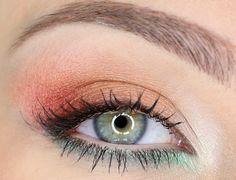 Pomysł na wiosenny makijaż [wideo] - Artykuł