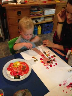 Fall color lesson–painting fall leaf colors with corks!