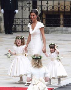 04meghan-markle-bridesmaid-kate-middleton.jpg