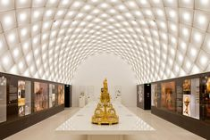 Museum of the Bavarian Kings by Staab Architekten; photo by Marcus Ebener Berlin-based architectural practice Staab Architekten have converted an old Museum Display Cases, Museum Displays, Luz Natural, Light Architecture, Interior Architecture, Interior Design, Interior Lighting, Lighting Design, Gallery Lighting