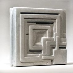 Frank Lloyd Wright Tile Paperweights – 818 Place