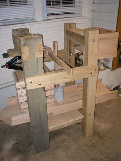 A homemade dual cheese and cider press you can make yourself. For the boys to brew some cider!!!